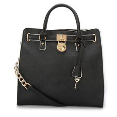 With High Quality And Unique Design, Michael Kors Hamilton Specchio Large Black Totes Are Your Favorite. Just Come To Our Michael Kors Hamilton Specchio Large Black Totes Online Store To Buy. Style Outfits, Pretty Outfits, Work Outfits, Casual Outfits, Coach Purses, Coach Bags, Coach Outlet, Black Tote, Tote Bag