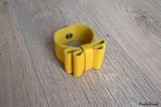 Bracelet manchette noeud en cuir Charlotte citron