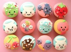 Possibly the cutest set of cupcakes ever. Am not-so-secretly jealous of the amazing fondant handling skills. >.>