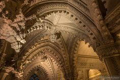 The intricate roof of the lady chapel at the east end of Rosslyn Chapel, consisting of 13 crisscrossed arches with small protruding carved cubes. Each cube is carved with a unique pattern of lines and dots, the meaning of which has puzzled experts for years. Some think that they represent a secret code, while others think the patterns are musical notes, and a tune has actually been composed to test this theory! © Edinburgh & Beyond Photography / Rosslyn Chape