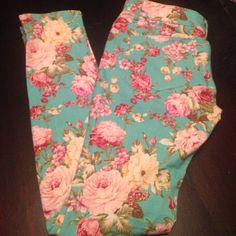 Blue Floral Skinny Legs Waist measures around 16/2 inches across. Inseam is 30 1/2. They are a pretty light blue with pink/yellow flowers. Tag says size 11 but they would fit some one who wears a size 6 or 27/28. I wear a size 28. Jeans Skinny