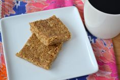 Oat Bars- this taste great similar to and cinnamon oatmeal to go bar. Was trying to recreate a starbucks oat bar. This bar was a little bit sweeter then the starbucks version, will try to use less sweetener next time to try and get closer. Starbucks Oat Bar Recipe, Starbucks Recipes, Oat Bars, Granola Bars, Healthy Treats, Healthy Desserts, Healthy Recipes, Healthy Bars, Healthy Options