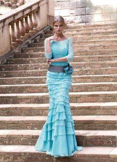 Vestido azul de Carla Ruiz - http://www.bodas.net/cat-DressList.php?tipo=3&Disenador=215