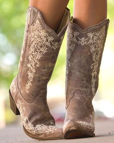 Corral | Women's Brown Crater Bone Embroidery Boot - A1094 | Country Outfitter