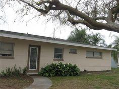3124 Webber St, Sarasota, FL 34239 $259,900 MLS#A4180089, - SPW4U