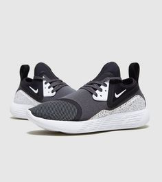 detailed look 12f5e e2d08 Nike Lunarcharge Essential Sports Brands, Nike Trainers, Black Nikes,  Christmas 2017, Sole