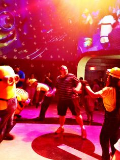 My favorite part of Minion Mayhem at Universal Orlando is the dance party after the ride!!!