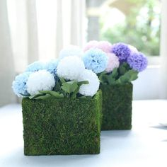 Shop from Tableclothsfactory's Ever Green Range of Preserved Natural Moss Decoration Supplies. Choose From Moss Weaved Baskets, Moss Planter Boxes, Moss Fillers, Moss Balls, and more! Planter Box Centerpiece, Moss Centerpieces, Flower Basket, Flower Pots, Flowers, Square Planter Boxes, Green Wedding Decorations, Moss Decor, Basket Planters