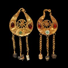 Byzantine Gold Earrings, 5th-7th Century AD  With garnet and glass cabochons and glass beads