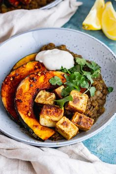 These spicy lentils are cooked until soft and then served topped with cumin spiced paneer and caramelised kabocha squash for an easy vegetarian dinner which is packed with flavour! #thecookreport #spicylentils #vegetarian #paneer Easy Vegetarian Dinner, Vegetarian Recipes Easy, Spicy Recipes, Healthy Recipes, Winter Dinner Recipes, Lentil Recipes, Lentils, Squash, Main Courses