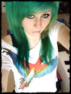 """washed my hair one time now it´s more green ^.^"""""""
