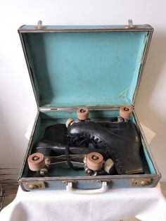 Vintage Men's Size 8 Roller Skates with Chicago Panther Plates & Arrow Wheels  | eBay  ||  Chicago Panther Plates. Arrow wheels. Size 8 boots. | eBay! https://www.ebay.com/itm/142060582399?ul_noapp=true&utm_campaign=crowdfire&utm_content=crowdfire&utm_medium=social&utm_source=pinterest