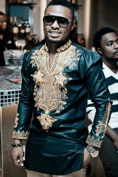 Embroidered mens shirt modern African fashion