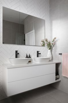 Elegant and modern, this dual vanity unit is styled with wall mounted storage and a seamless mirror. Wall Hung Bathroom Vanities, Bathroom Vanity Units, White Vanity Bathroom, Small Bathroom, Bright Bathrooms, Modern Bathroom Cabinets, Wall Mounted Vanity, Lily Pebbles, Modern White Bathroom