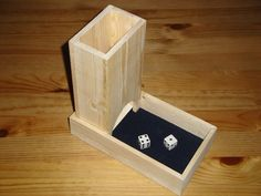 Build your own no-frills dice tower - illustrated instructions Tabletop Rpg, Tabletop Games, Wood Dice, Dice Tower, Wood Games, Bar Games, Gaming Accessories, Diy Projects To Try, Wood Projects