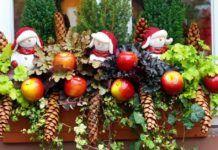 Karácsonyi ablakdíszek, amelyekkel mindenkit elkápráztathatsz Kari, Christmas Wreaths, Bruschetta, Holiday Decor, Flowers, Home Decor, Decoration Home, Room Decor, Royal Icing Flowers