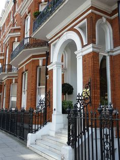 Upper Berkeley Street, W1 London - A very expensive address.  Three bedroom flats go for 2.6 million!!
