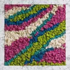 The Best 20 Garden Decoration Ideas Of 2019 Moss Wall Art, Moss Art, Diy Wall Art, Rose Wall, Picture Hangers, Marble Pattern, Hanging Pictures, Art Projects, Outdoor Projects