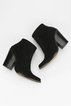 jeffrey campbell 2606 ki ankle boot urban outfitters