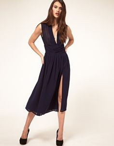 The top and split give this dress life.  I'm not to crazy about the length though.  It should be a little longer