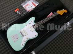 #Fender '60s jazzmaster #lacquer -rw #-surf green,  View more on the LINK: 	http://www.zeppy.io/product/gb/2/331943390810/