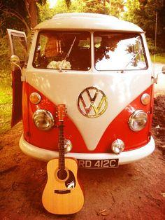 road trip, guitar and a Volkswagen bus Volkswagen Transporter, Volkswagen Bus, Vw Camper, Vw Caravan, Kombi Motorhome, Vw T1, Campervan, Vans Vw, Van Hippie