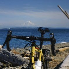 """Mt.Rainier #seattle #bootleghobo #hobogoestousa @cinelli_merch @cinelli_official"""