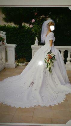 Robe de mariée taille 40 avec voile d'occasion