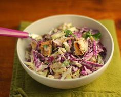 Recipe for chicken and cabbage salad with buttermilk blue cheese dressing, yum! {The Perfect Pantry} Recipe For Chicken And Cabbage, Red Cabbage Recipes, Red Cabbage Salad, Chicken Recipes, Green Cabbage, Chicken Meals, Healthy Cooking, Healthy Recipes, Salad Recipes