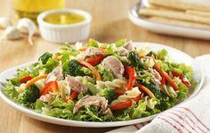 Greek Chicken Bread Salad - The Food Charlatan,I made this. Ricotta, Italian Dressing Pasta Salad, Blt Salad, Bread Salad, Greek Chicken, Rabbit Food, Pasta Salad Recipes, Eat Smarter, Mediterranean Recipes