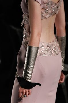 Chanel Fall 2012 Couture Fashion Show Details