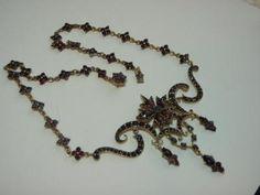 Starožitný náhrdelník  české granáty