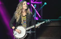 Emily Robison of the Dixie Chicks plays the banjo at the Scotiabank Saddledome on Thursday.