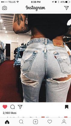 Likes, 22 Comments - Sasha Masiuk Cochella Outfits, Levis Shirt, Diy Fashion, Womens Fashion, Cute Jeans, Jean Outfits, Festival Fashion, Ripped Jeans, Fashion Forward