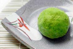 Receta de Matcha Giri choko, bombones de te verde para San Valentín. http://www.recetasjaponesas.com/2010/02/matcha-giri-choko-chocolate-de-te-verde.html #receta #japon #recetasjaponesas #matcha #chocolate #bombones #sanvalentin