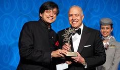 Arun Sarin, Former CEO of Vodafone, receives Lifetime Achievement Award from Dr. Shashi Tharoor. Photo: www.michaeltoolan.com.
