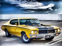 Buick GSX Advertisement Buick had a late entry into the muscle-car market. But it made a spectacular debut with the GSX. Old Muscle Cars, Best Muscle Cars, American Muscle Cars, Buick Grand National, National Car, Buick Gsx, Automobile, Buick Cars, Buick Skylark