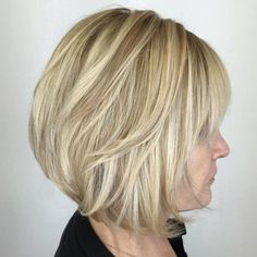 66 Chic Short Bob Hairstyles & Haircuts for Women in 2019 - Hairstyles Trends Blonde Angled Bob, Blonde Bob With Bangs, Short Angled Bobs, Short Blonde Haircuts, Angled Bob Hairstyles, Bob Haircut With Bangs, Hairstyles Haircuts, Cool Hairstyles, Stacked Angled Bob