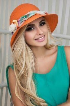 Hats For Women, Fashion, Woman, Moda, Fashion Styles, Fashion Illustrations