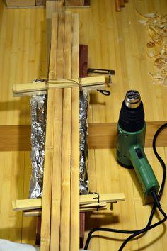 Yumi making: Phase Preparing bow parts – majikkunotecho Yumi Bow, Homemade Crossbow, Traditional Archery, Bow Arrows, Hunting Equipment, Bow Hunting, How To Make Bows, Primitive, Hardwood