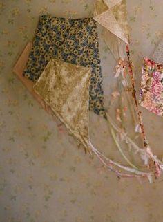 DIY  vintage fabric kites