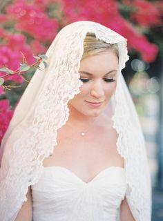 Edged in lace and draped delicately over the head, the Mantilla Veil has a gorgeous old word feel. See 15 show stopping wedding veils: Wedding Veils, Wedding Bride, Dream Wedding, Wedding Dresses, Bridal Veils, Civil Wedding, Wedding Attire, Diy Wedding, Wedding Looks