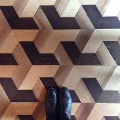 parquet floor with bold geometric design Floor Patterns, Tile Patterns, Textures Patterns, Floor Design, Wall Design, Parquetry Floor, Style Tile, Timber Flooring, Floor Rugs