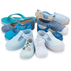 Zapatos azules de Pisamonas.