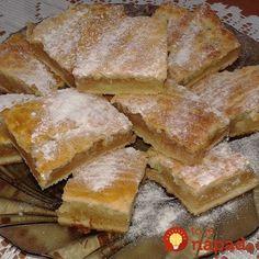 Staromaďarský jablkový koláč: Jablká sa nestrúhajú a to cesto tromfne aj linecké – nesmierne rýchly a výborný koláč prababičiek! Keto Bread, Amazing Cakes, Apple Pie, Cornbread, French Toast, Food And Drink, Cooking Recipes, Sweets, Cookies