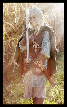 My DREAM cosplay. I WILL do this one day. Eowyn WILL happen.