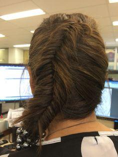 Inversed fishtail braid. Gorgeous!!!!!