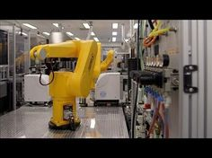 ▶ This Robot Is Changing How We Cure Diseases - YouTube
