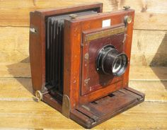 Peter Eleveld's Wet Plate Photography Using a Very Old Watson & Sons 10×10 Wooden Camera http://shar.es/MsWBj