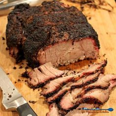 Smoked Chuck Roast - cheaper than prime rib, easier to get along with than brisket and it is a whole lot easier to come by in the grocery store. Traeger Recipes, Smoked Meat Recipes, Roast Recipes, Grilling Recipes, Grilling Tips, Spinach Recipes, Rib Recipes, Steak Recipes, Barbecue